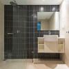 1 bdrm bathroom